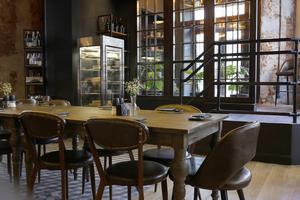Новый Junk Food & Bar открылся на Патриарших