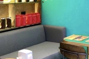 Кафе-бар Hudson Deli (Город Столиц)