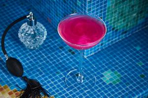 La Vie Aquatique - пузырьки, хвосты русалок и красные бини