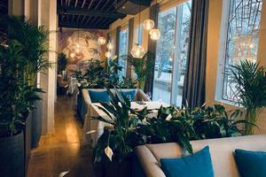 Открылся новый ресторан и бар XVII