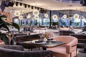Saint - новый иммерсивный ресторан и шоу-бар