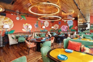 В комплексе Soho Rooms открылся ресторан «НАВОЛНЕ»