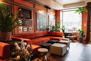 Madé Restaurant & Bar