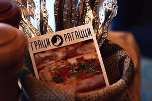 Ресторан  «Граци Рагацци» празднует свою первую маленькую годовщину!