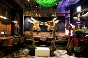 Выставка скульптора Михаила Балана в гриль-баре «Волки & Ёлки»