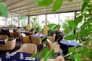 Летняя терраса ресторана Bottarga