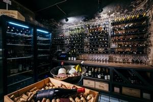 Barrel - винный бар на «Винзаводе»