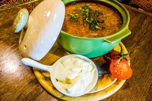 """На новогодних каникулах в """"Панаехали"""" шеф Руслан Ахмедов будет встречать гостей хлебом, солью и блюдами из капусты"""