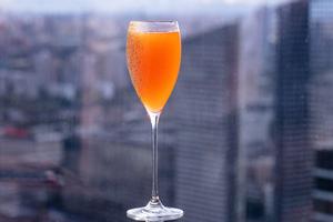 Коллекция новых коктейлей в баре AVIATOR