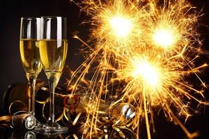 Ресторан Cacciatore поздравляет всех с наступающим Новый Годом