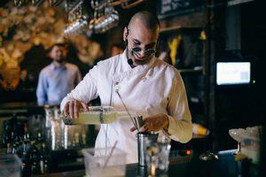 Обмен барменами между баром Dry&Wet и кафе «Юность»