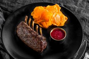 TUNDRA GRILL: северная кухня на Усачёвском рынке