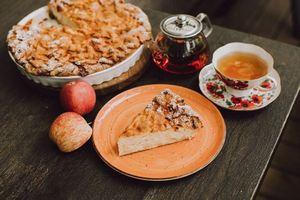 Яблочный Спас в ресторане Valenok