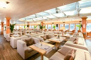 Чайка ресторан-яхта