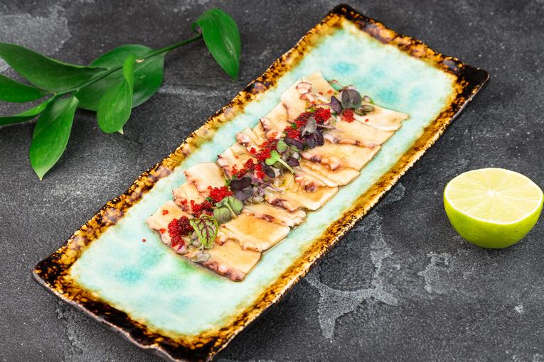 Карпаччо из осьминога с соусом «Понзу»