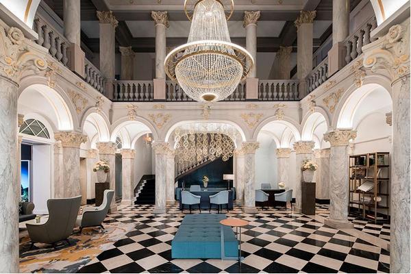 The Ritz-Carlton Hotel de la Paix.JPG