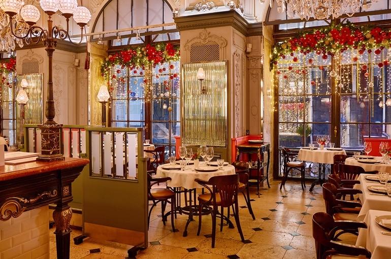 Интерьер Brasserie MOCT