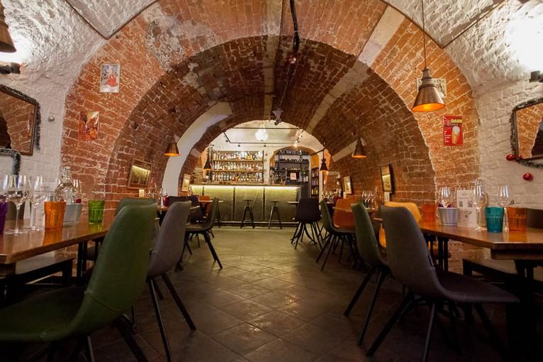 Gastrobar CAVINA – ваша Испания в центре Москвы