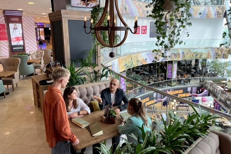 В ТЦ «Европейский» открылся новый ресторан Osteria Mario