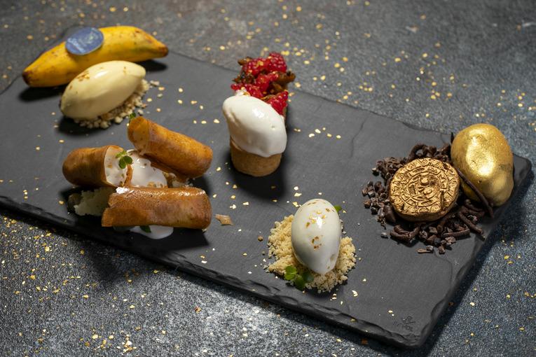 Новые десерты в ресторане Stories
