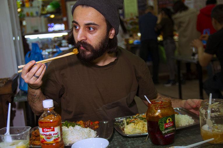 TG-канал «Окей, Август!» и его авторы регулярно делятся местами с вкусной едой