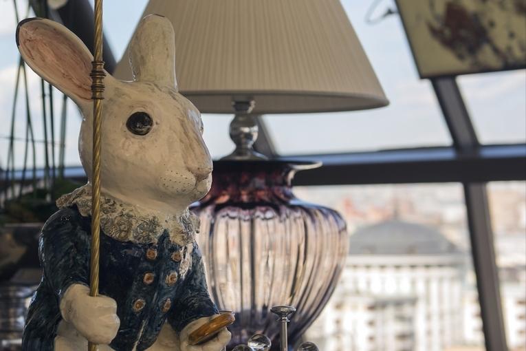 Whte Rabbit