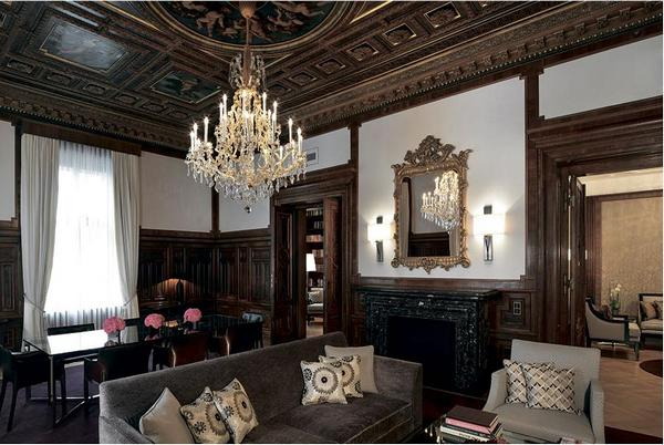 The Ritz-Carlton, Vienna.JPG