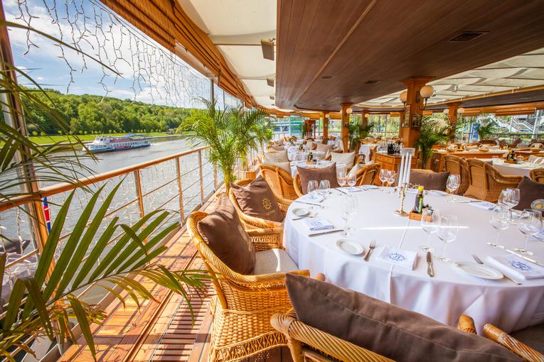 Летнее меню ресторанов-яхт «Чайка» и «Ласточка»