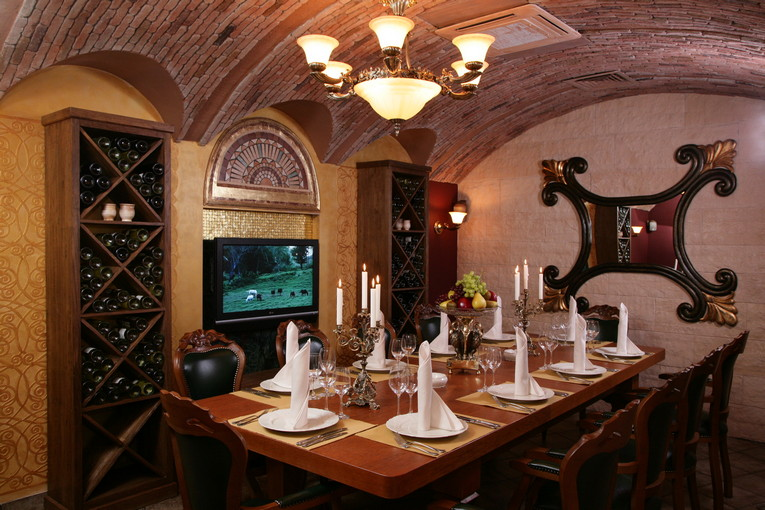 Ресторан «Россичъ» предлагает провести Ваше мероприятие