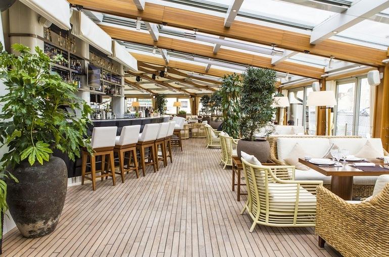 Рестораны Rose Bar и «Crocus Сити Молл»