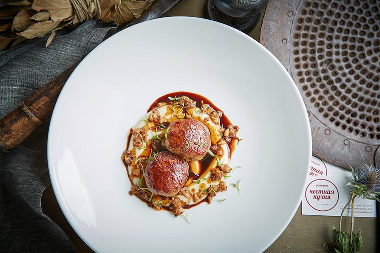 Котлеты из дикого фазана, ресторан «Честная Кухня»