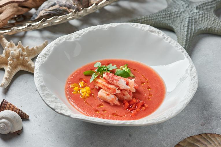 Секреты морских глубин в сезонном предложении от шеф-повара ресторанов-яхт «Чайка» и «Ласточка»