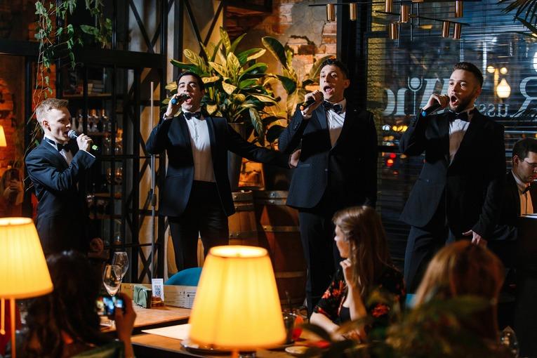 Вечер итальянской музыки в первом баре российского вина Russian Wine & Bar