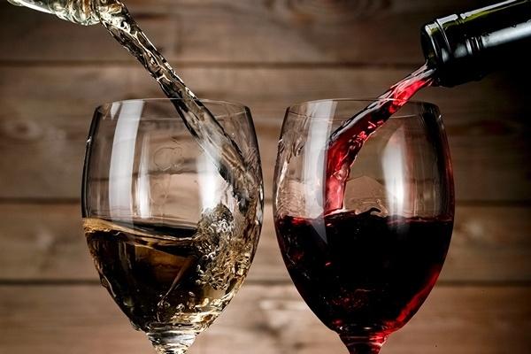 Wine_Stemware_Two_514456_1280x720.jpg