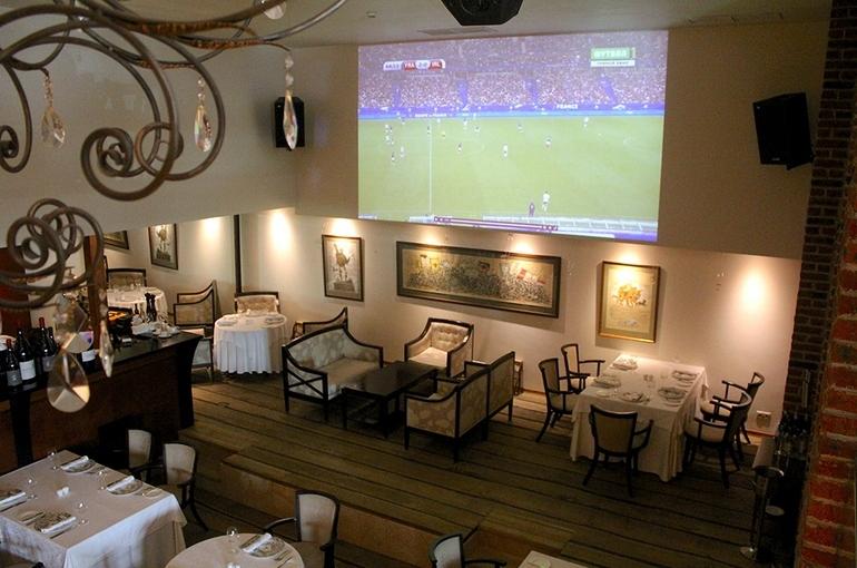 LeRestaurant_futbolnyy kinoteatr.jpg