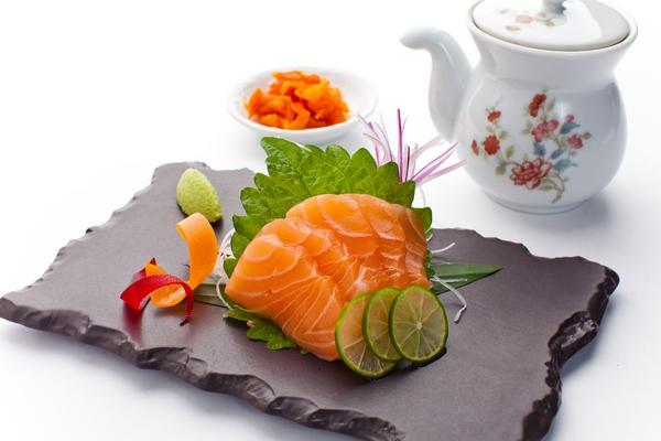 Sashimi losos.Turandot.jpg