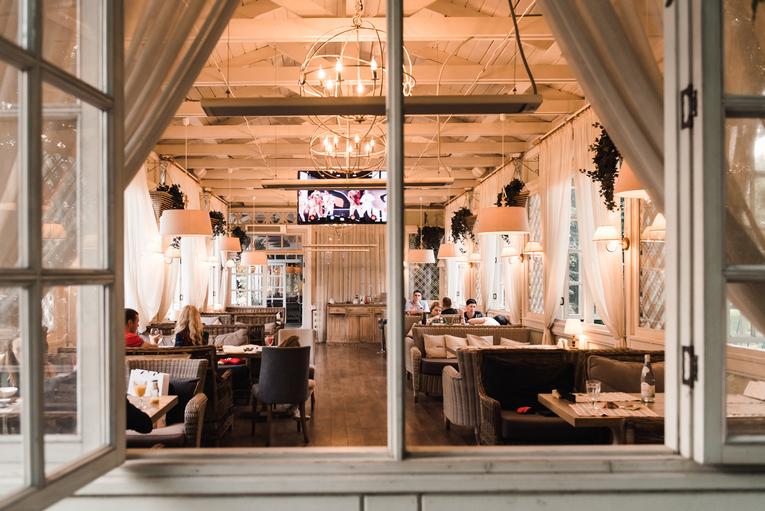Ресторан Цыцыла встречает летний сезон открытием веранд