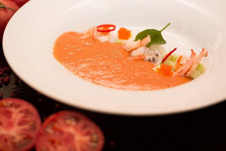 Летнее меню холодных супов в «Рыбный базар»