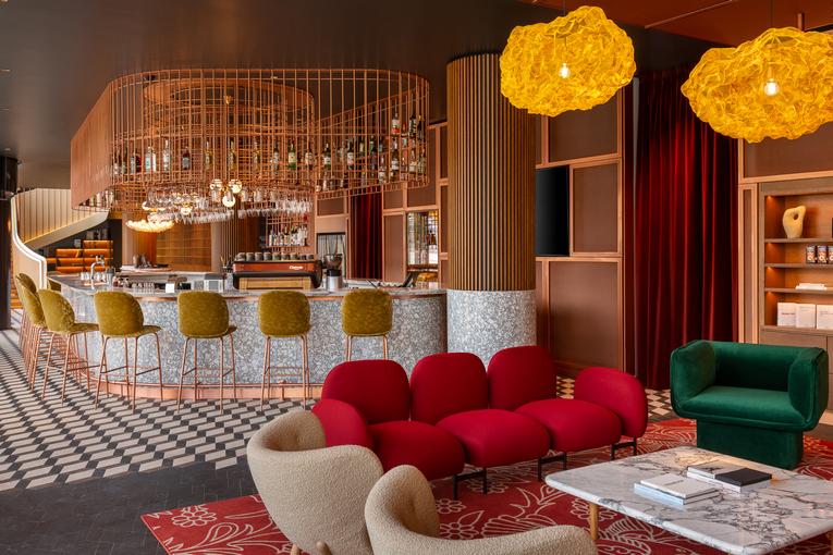 Первый ресторан авангардной кухни Shagal открылся в Москве этой осенью на Земляном Валу