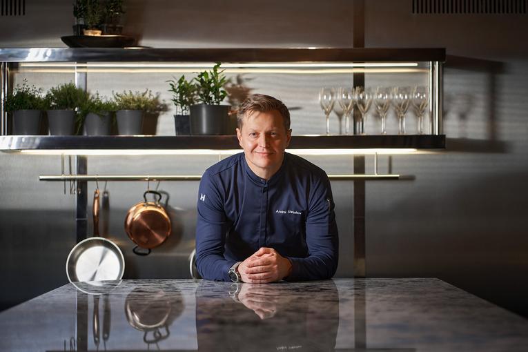 Шеф-повар Андрей Шмаков